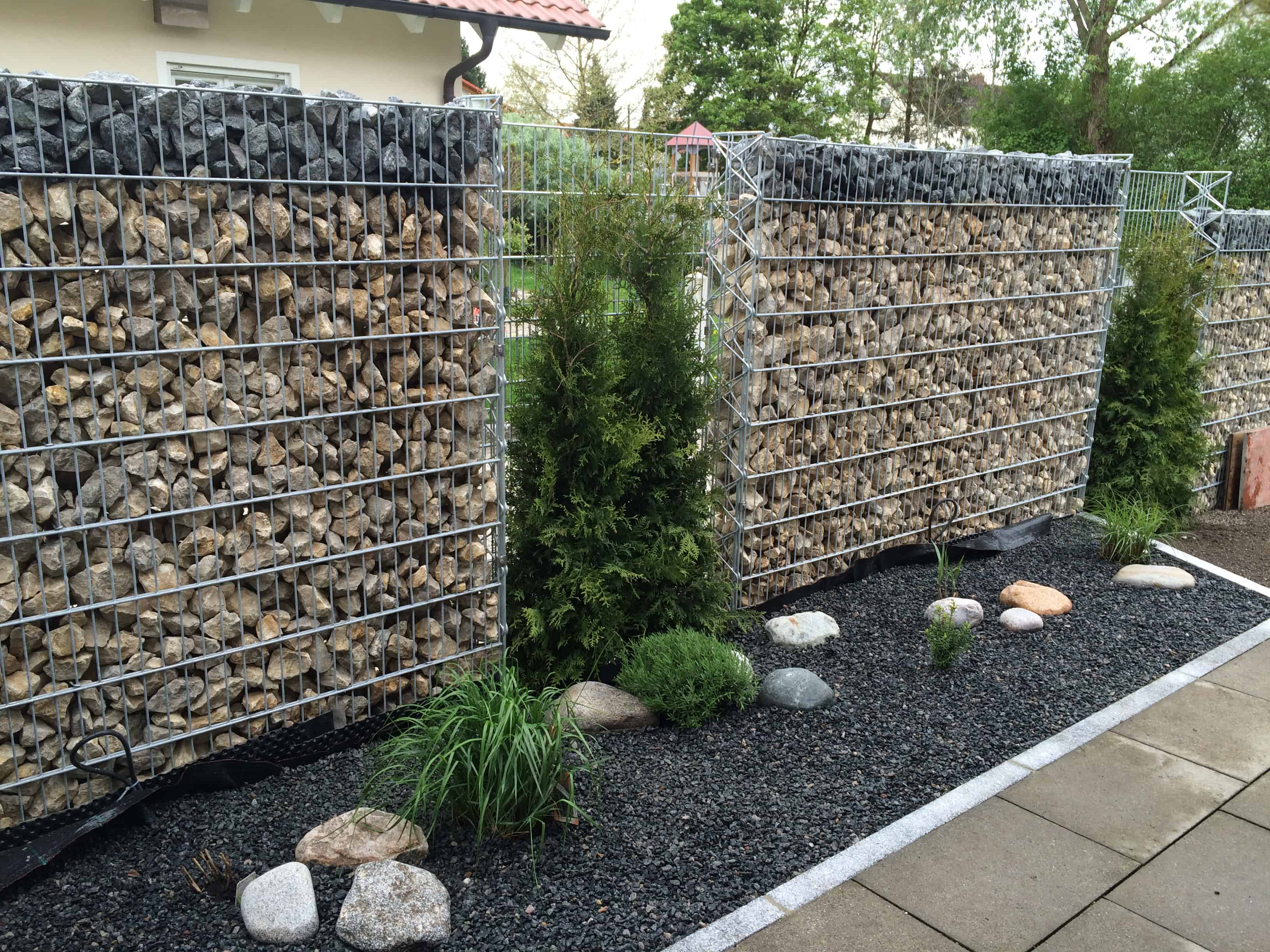 Gartenmauern Und Zaune Sichtschutz Und Abgrenzung Hewi