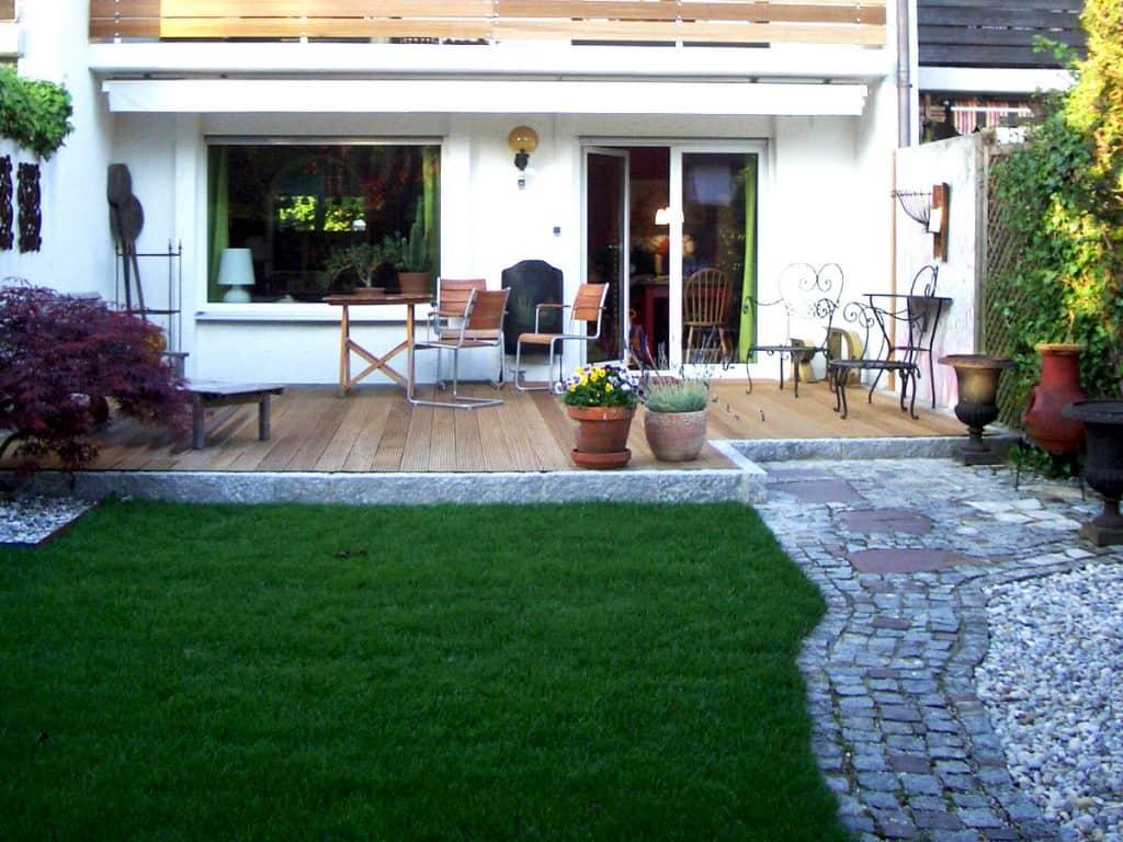 Terrassenbau vom Fachmann für den Urlaub zuhause - HEWI ...